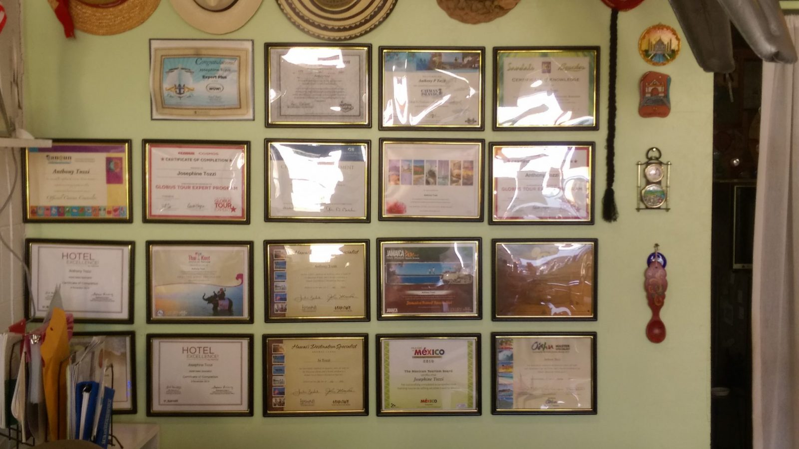 4 Seasons Travel's Certificates of Knowledge